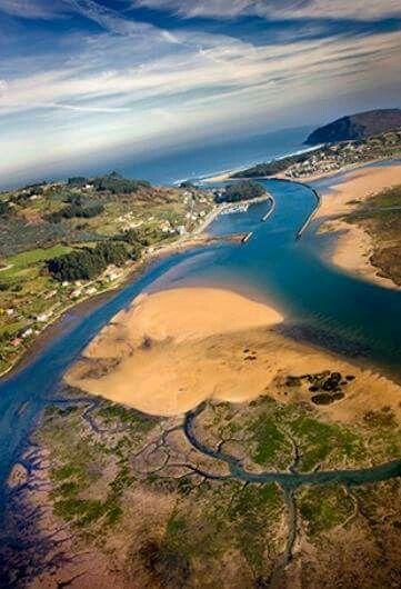Ría de Villaviciosa Asturias