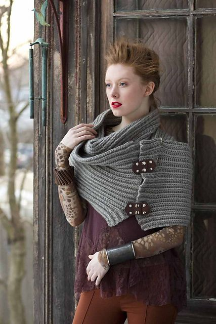 Ravelry: #24 Chunky Wrap pattern by Cristina Mershon - LOVE this.