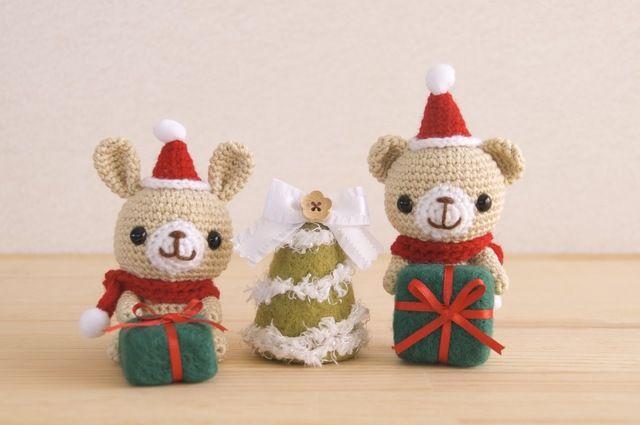 ちょっと…いや、カナリ早いですが…クリスマスの編みぐるみセットです🎄🐰🐻🎁※クマちゃんの🎁プレゼントは固定してあるので取り外し出来ません。 プレゼントを上手く利用して立たせて飾って下さいね。ツリー・プレゼントは、フェルト製です。優しくお取り扱い下さい。【...