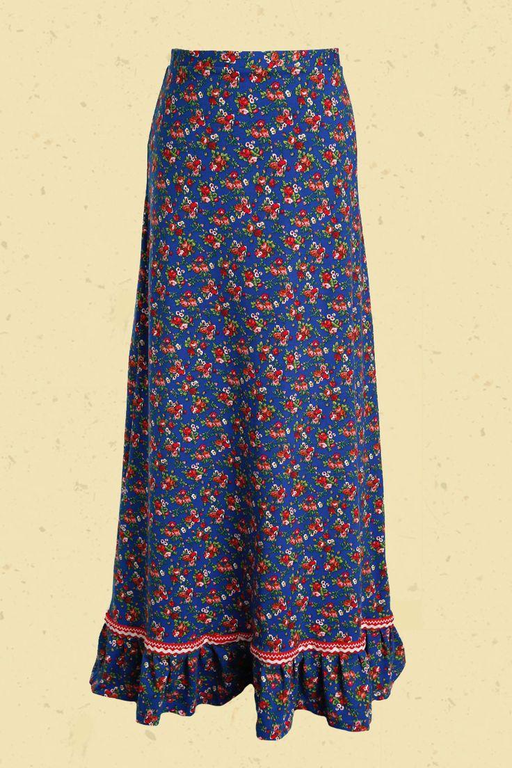 Inktblauwe maxi-rok met rode roosjes en froezel