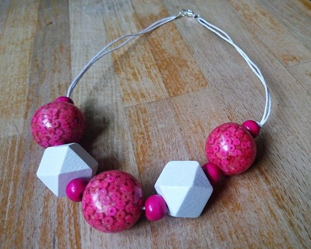 Chunky pink and white wooden bead geometric necklace £15.00