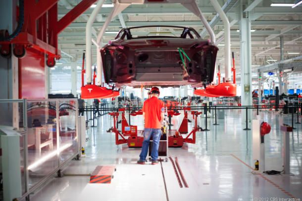 Tesla factory accident injures three workers with hot metal - http://wideinfo.org/tesla-factory-accident-injures-three-workers-with-hot-metal/