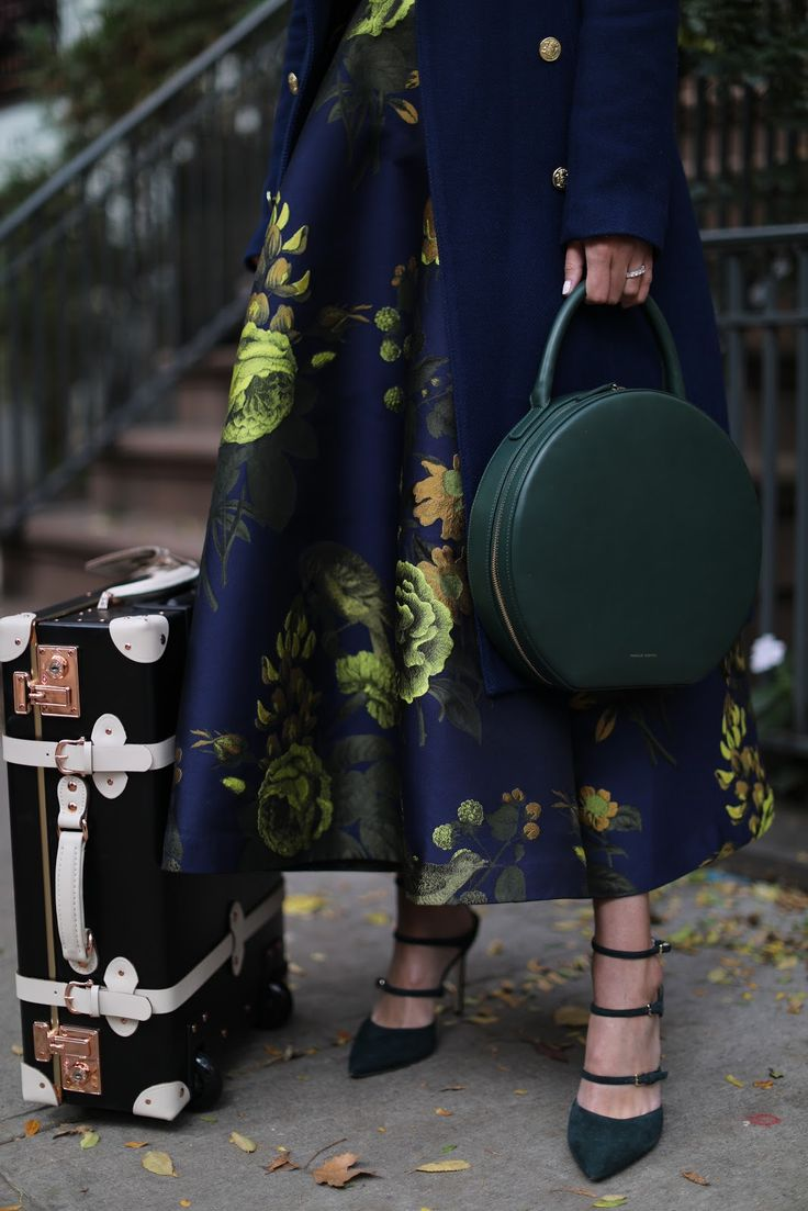 Personal style and fashion blog of Blair Eadie. Blair is a lover of all things colorful, chic, preppy and printed. She currently resides in NYC.