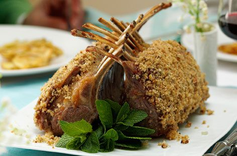 Lamb guard of honor with lemon and mint crust hero