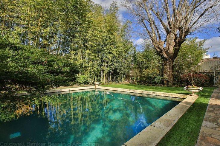 Hôtel particulier Bordeaux Saint Genes avec jardin et piscine Immobilier de luxe - Coldwell Banker #immobilier #vente #luxe #luxuryrealestate #prestige #luxuryhome