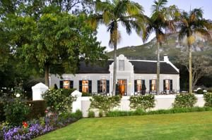 Grande Roche Hotel Paarl, South Africa - avg. WiFi client satisfaction rank 3/10. Avg. download 359 kbps, avg. upload 4.8 Mbps. rottenwifi.com