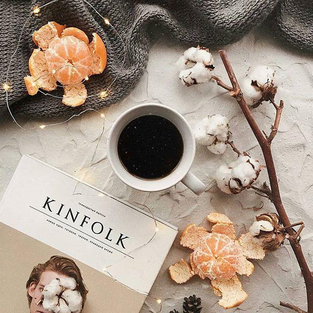 Фото инстаграм, зимние идеи. Раскладка, кофе, настроение #фото #кофе #флатлей #зима #вдохновение