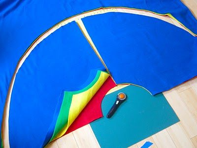 Superhero capes // so simple and easy. I left ends long to tie instead of Velcro.