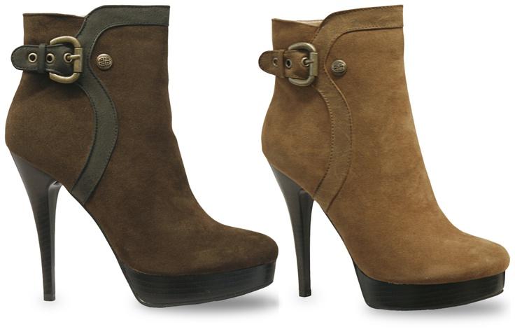 Las botas acentúan los puntos positivos de tus piernas y favorecen toda tu figura si eliges las indicadas. Tip 1: Si tienes caderas angostas busca botas o botines con diseños a los laterales. Ref. 082334 $98900