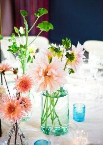 loveFlower Centerpieces, Floral Design, Blue Jars, Design Decor, Tables Flower, Events Design, Design Coordinating, Parties Tables, Atelierjoya Com