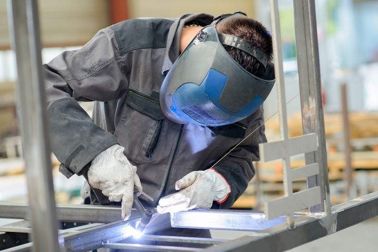 The AWS Safety in Welding Course, which is provided online by AWS Learning, is now free.