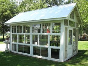 a glass house is born. so many awesome pics of the process.