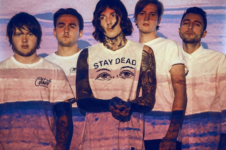 """#Punk news:  BRING ME THE HORIZON: nuovo album l'11 settembre http://www.punkadeka.it/bring-me-the-horizon-nuovo-album-l11-settembre/ I Bring Me The Horizon stanno per pubblicare un album che aumenterà ancora di più la loro popolarità, confermandoli come una delle rock band inglesi più importanti al mondo. Il loro nuovo album in studio, intitolato """"That's The Spirit"""", uscirà l'11 settembre per RCA.I cinque ragazzi d..."""
