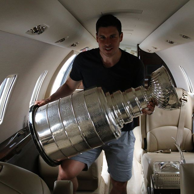 Sidney Crosby with the Stanley Cup