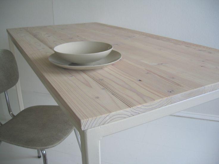 Schreibtische - Großer Esstisch aus alten Terassendielen - ein Designerstück von Produktwerft bei DaWanda