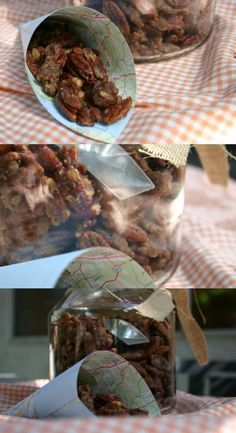 Slow cooker - Sugared pecan or walnut recipe with cinnamon and spices-Ingredients: 16 ounces pecans or walnut halves 1/2 cup melted unsalted butter 1/2 cup powdered sugar 1/4 teaspoon ground cloves 1 1/2 teaspoons ground cinnamon 1/4 teaspoon ground ginger