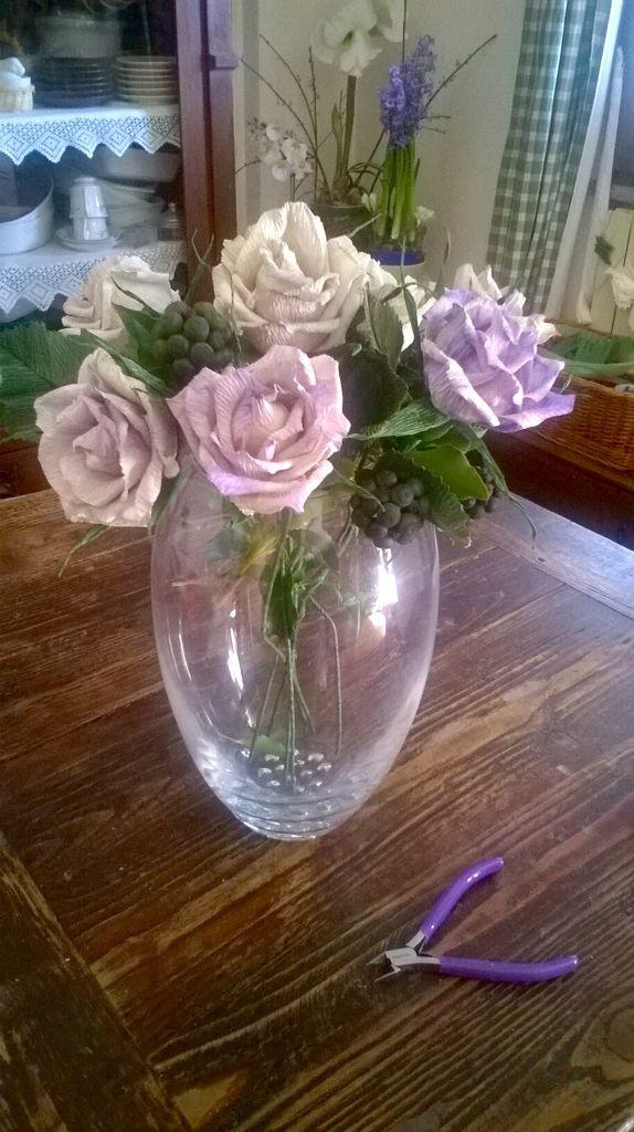 Le rose in carta crespa 180 premium, dipinte a mano. Lerosedimari
