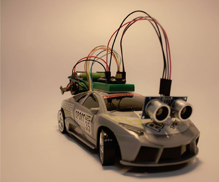 This year i participated in a workshop and needed to submit a project. Because i was short on time, the project was a rc car controlled by an arduino. The car uses an ultrasonic sensor to calculate the distance to the objects in front. If was detected an object, the car stop and changes the direction.