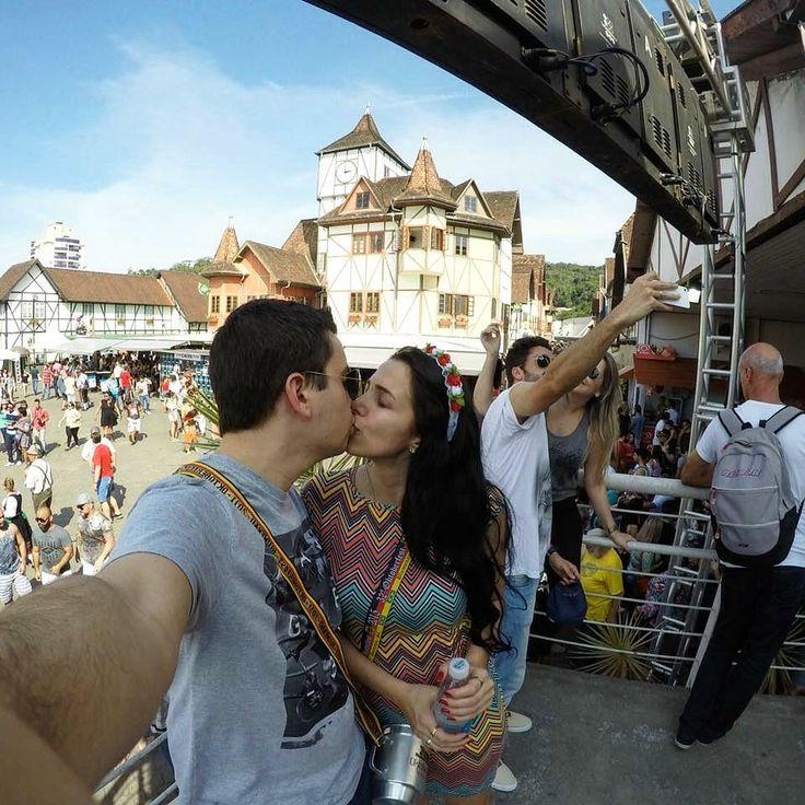 Oktoberfest - Blumenau/SC  @brunacarminatti_