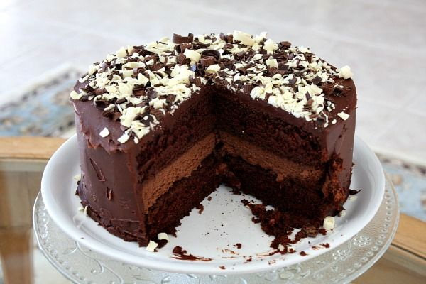Chocolate cake with chocolate cheesecake.Desserts, Chocolates Cake, Cake Recipe, Fun Recipe, Cheesecake Cake, Chocolates Cheesecake, Food, Recipe Girl, Chocolate Cheesecake