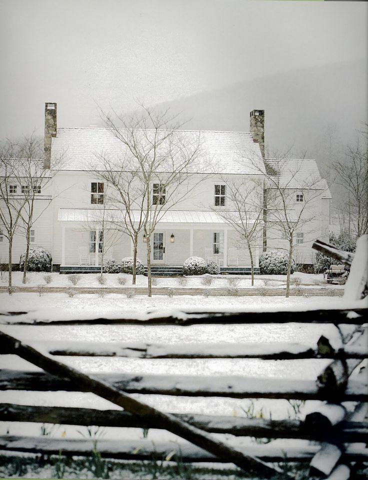 White Farm House aka my dream house! Beautiful!