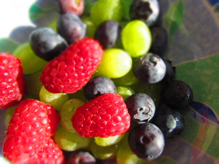 Berries and grapes | 30 day fruit & veges challenge | Pinterest