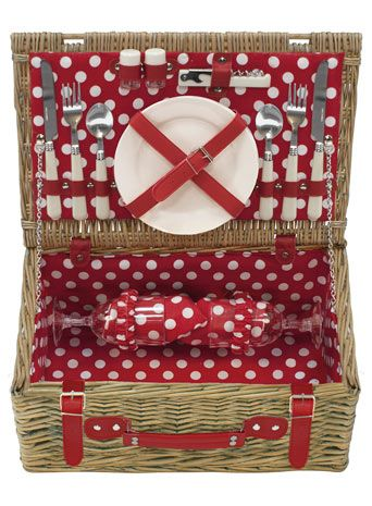 Polka dot 2 person hamper - a nod to mini mouse.