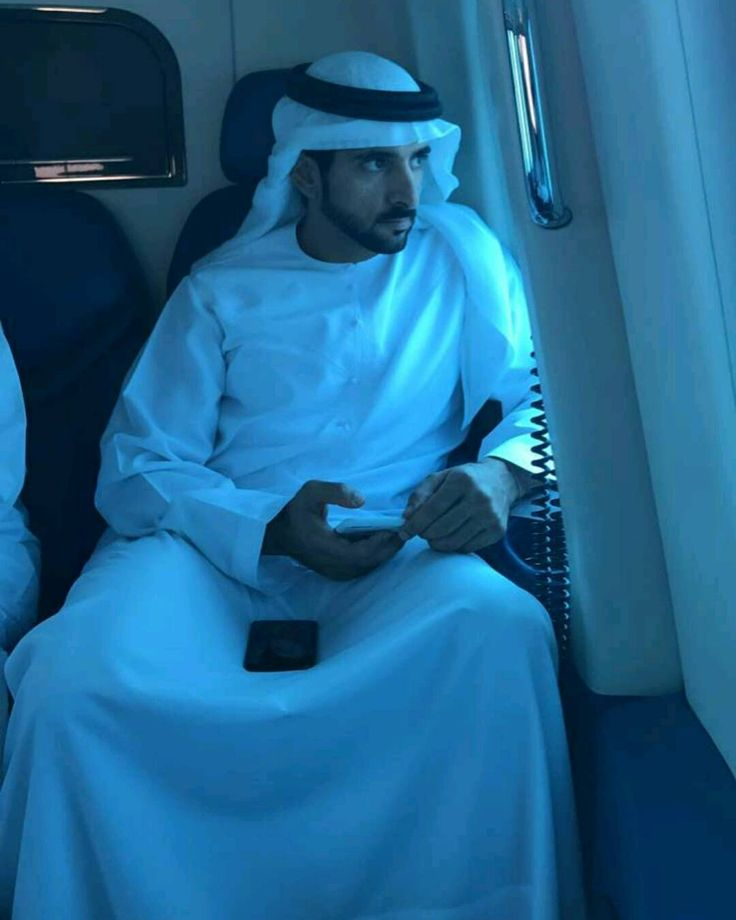 "431 Likes, 6 Comments - Fans Fazza Indonesia (@fansfazza3_indo) on Instagram: ""Tuesday, 21/02/2017  Crown Prince of Dubai, His Highness Sheikh Hamdan bin Mohammed bin Rashid Al…"""
