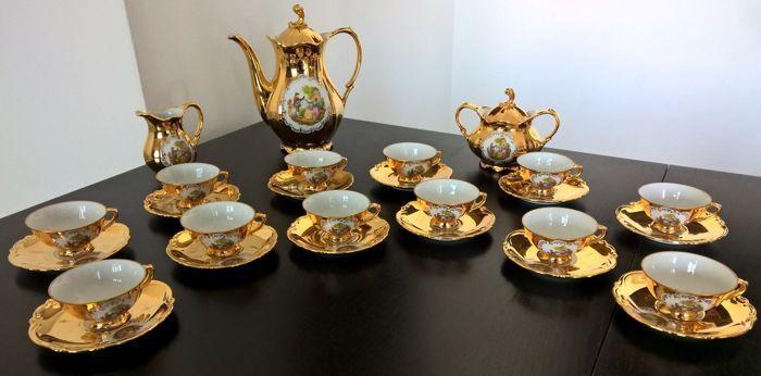 Catawiki, pagina di aste on line  Winterling, Bavaria servizio da caffe' x 12 persone total gold e decori romantici