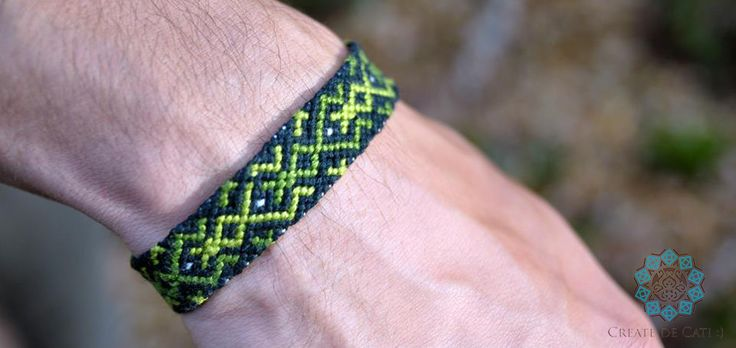 Friendship bracelet in green colours Pattern found on the internet