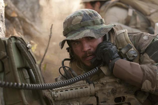 """Lone Survivor: Emile Hirsch Talks Navy SEALs """"Powerful Tribute"""""""