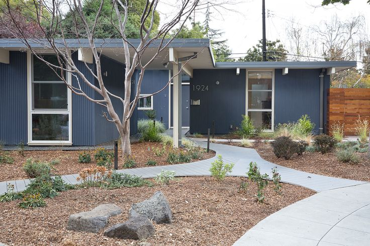 Palo Alto Eichler Remodel by Klopf Architecture (1)