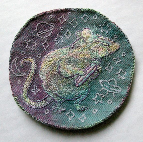 Fiona Bearclaw - hand-embroidered intergalactic thief rat badge - it glows in the dark!