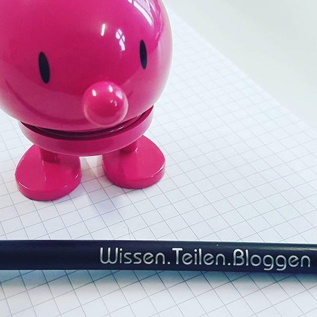 Grüße aus Hamburg vom Workshop! #BLOGGEN  #blogstlove #blogging #bücherwurm #instablogger #booklover #büchersüchtig #optimist #bleistift #workshop #lernen #lernen #vernetzung #bloggerworkshop Workshop-Bloggen-Melusines Welt- www.Melusines-Welt.blogspot.de