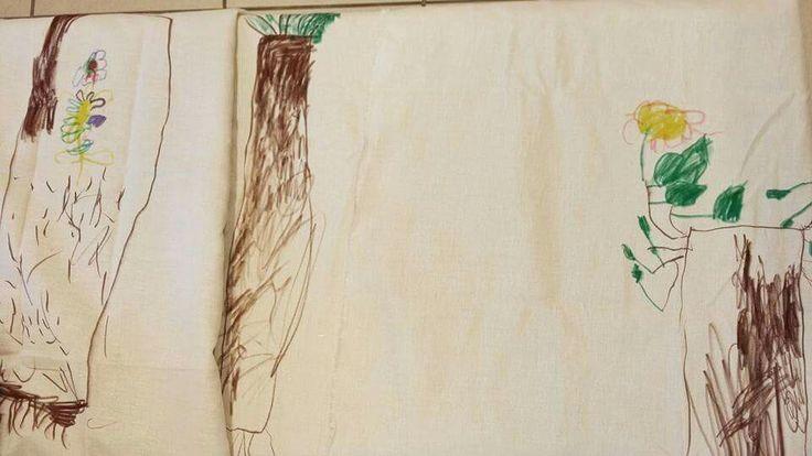 """La Voce degli Alberi. Gli alberi ci parlano, impariamo ad ascoltarli.  Sapete che gli alberi parlano tra loro? Sono come una grande famiglia, alcuni stretti e alti, altri grossi e bassi. Tutti diversi e tutti speciali, proprio come noi. Maschere di argilla su grossi """"amici in giardino"""" e abiti speciali dove poter disegnare gli alberi, per un lavoro """"sull'identità vegetale"""". Noi siamo negli alberi, gli alberi sono in noi... ma che solletico!   #atelierista #materna #lavocedeglialberi #outdoor…"""