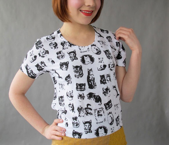 0ca4e0196885e Mejores 41 imágenes de Camisetas y Tops en Pinterest