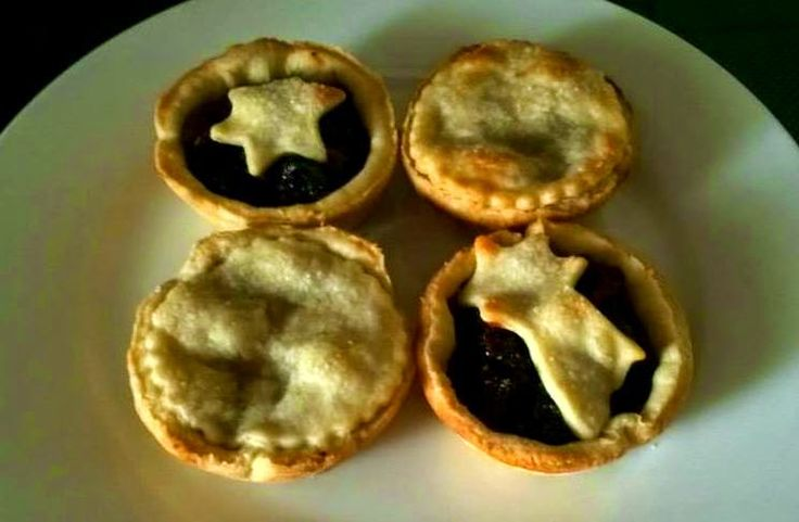 British Mince Pies | The Little Bakery in Santiago: British Treats to Your Door | www.BayEssence.com