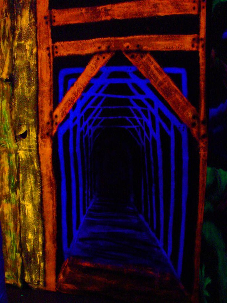 74 Best Images About Blacklight Black Light On Pinterest