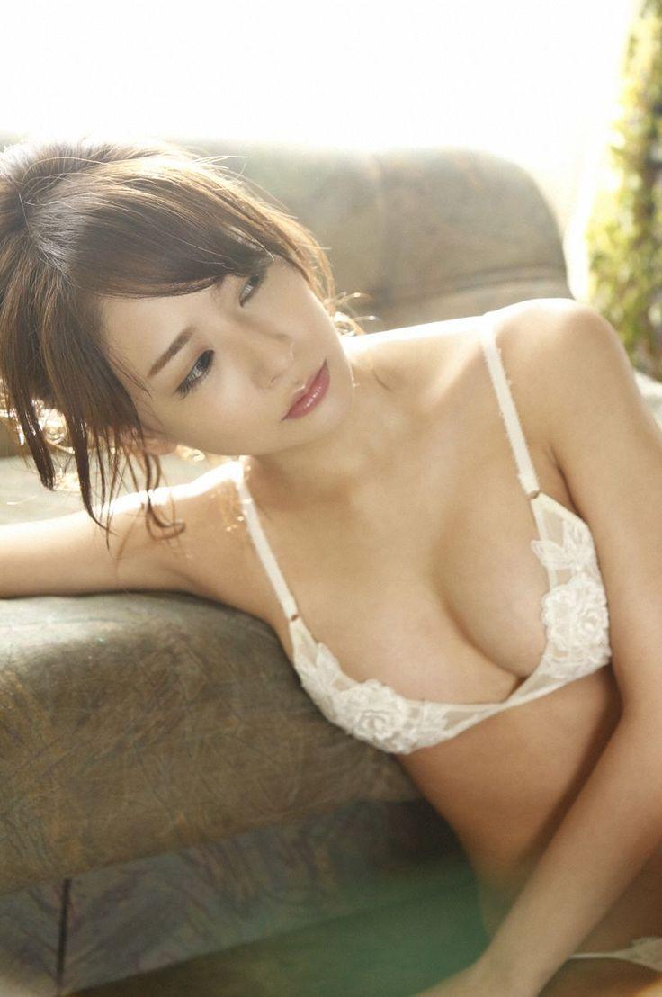 [WPB-net] NO.167 神室舞衣 Kamuro Mai 《男をダメにする女》 写真集_第3(3)张图