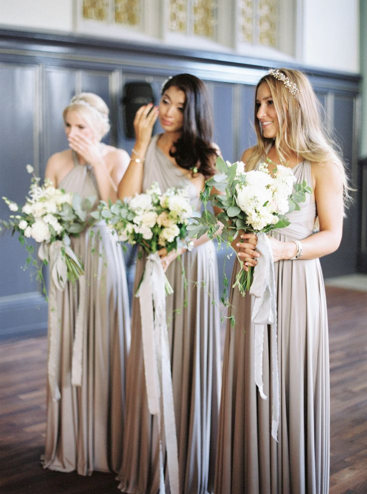 Photography : Peaches And Mint | Bridesmaids Dresses : Twobirds Bridesmaid | Floral Design : Flowerup