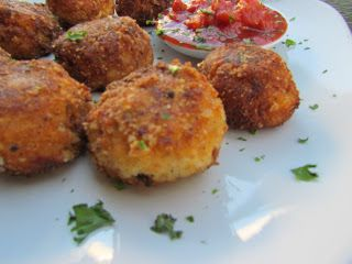 Low-Carb Arancini – 5 Cheese, Bacon Cauliflower Bites