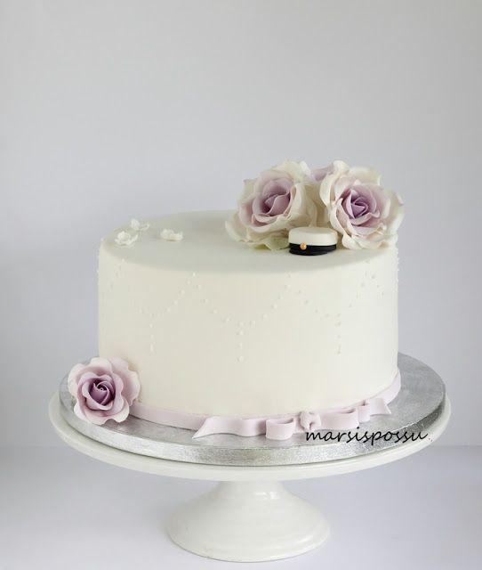 Marsispossu: Ylioppilaskakku, Graduate cake