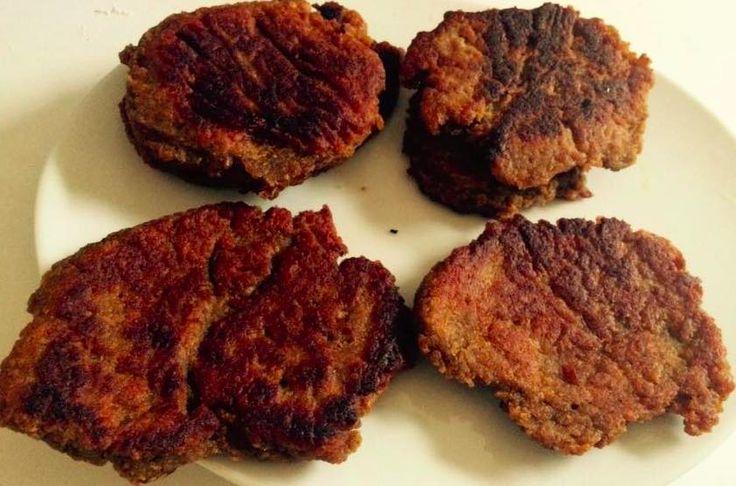 Réaliser des steaks végétaux en moins de 10 minutes? C'est possible! Olive relève le défi et vous partage sa délicieuse recette.
