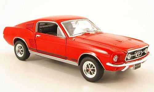 Ford Mustang GT 1967 rot 1:24 Welly