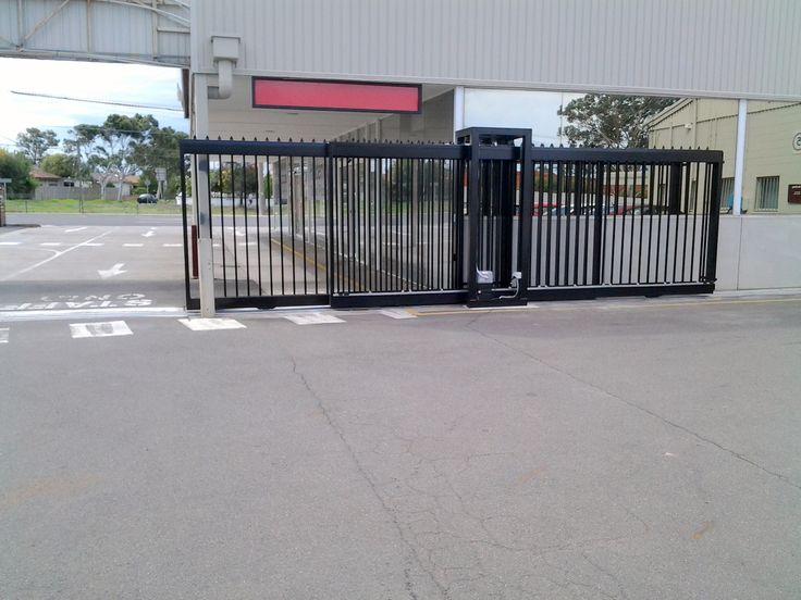 The Motorised Gate Company No 23 - Automatic telescopic commercial gate - www.themotorisedgatecompany.com.au
