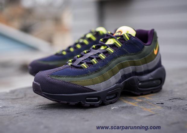 "comprare scarpe online Nike Air Max 95 Cave Viola/Cremisi vivo-Verde 609048-500 ""Cave Viola"" scarpe firmate on line"