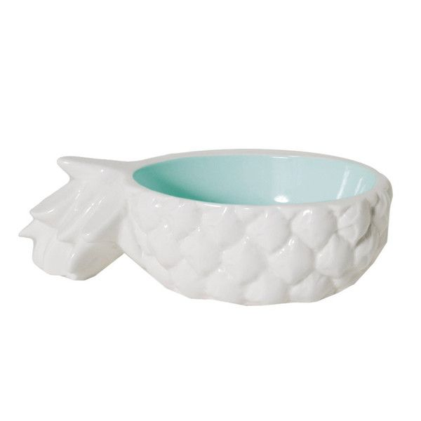 Forget stacking your bananas and apples in a heap or an old cookie tin- these tropical tabletop accessories are the only fruit bowl you'll ever want