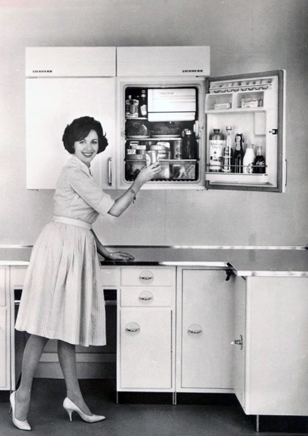 Throwback Thursday The Wall Mounted Fridge Of The Future Freshmagazine 1950s Decor 1950 S Home Decor Vintage Inspired Decor