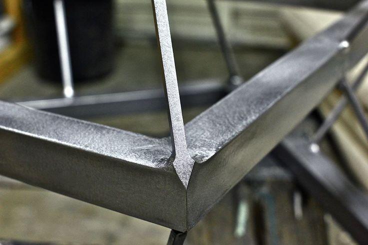 Мои пользовательские созданный металлические и деревянные столы и полки - Гараж Журнал Настольные