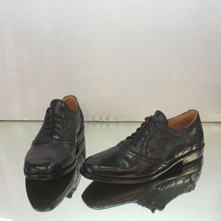 Fancy shoes for men from crocodile leather. Made to order. Any sizes. Мужские полуботинки/туфли из натуральной кожи крокодила. #частныйзаказ. Изготовим на заказ. Индивидуальный пошив. Любые размеры.  #crocodileshoes#shoes#croco